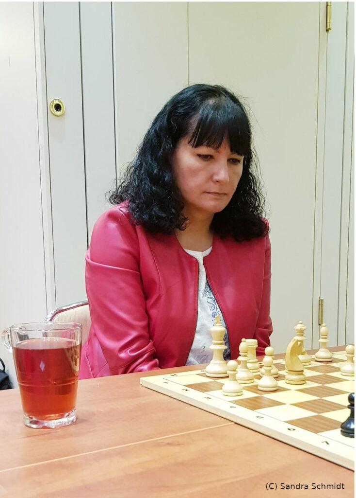 Lena Mader bei der Dt. Schnellschachmeisterschaft der Frauen Siegerehrung